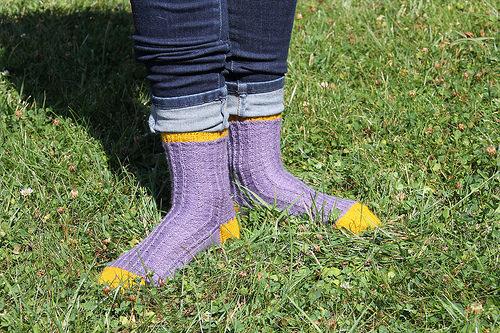 {Tricot} Les chaussettes d'Arabella Figg – patron pour Écheveau Solidaire