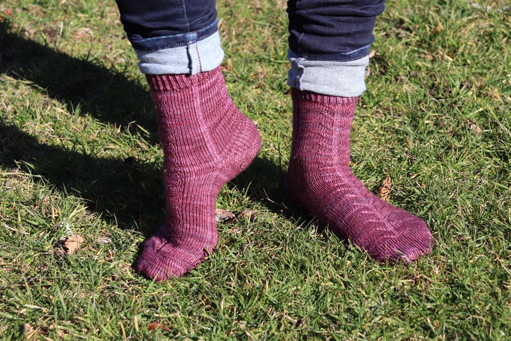 {Tricot} Les chaussettes Suis ton propre chemin – patron pour Écheveau Solidaire
