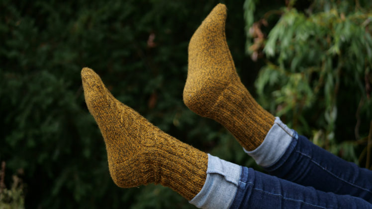 {Tricot} Crisscrossed Socks – KnitCrate avril 2020