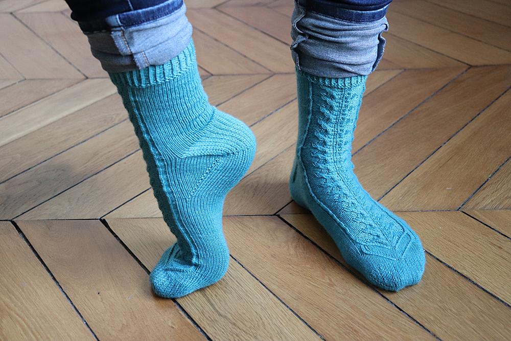 {Tricot} Toe-gether socks