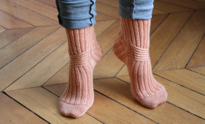 {Tricot} Twist Socks – KnitCrate octobre 2020