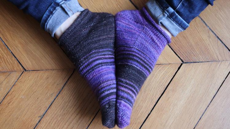 {Tricot} Keep it short socks – patron pour Écheveau Solidaire